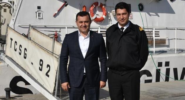 Başkan, Sahil Güvenlik Botunu Ziyaret Etti