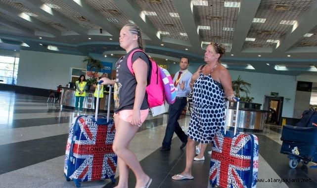 İngilizler Alanya'da turizmcinin yüzünü güldürecek