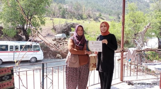 AK Kadınlar'da mahalle teşkilatları güçleniyor