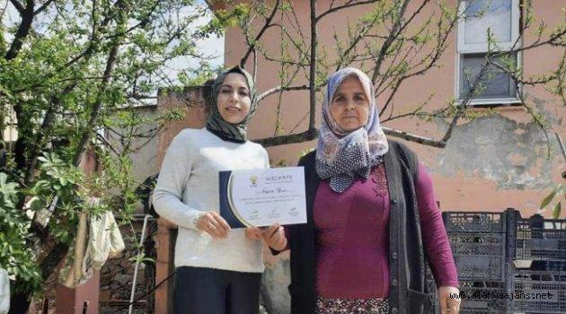 Alanya Ak Kadınlar teşkilatlarını güçlendiriyor