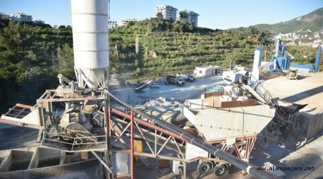 Alanya Belediyesi'nin beton tesisi kendini amorti etti