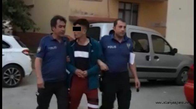 Alanya'da azılı plaj faresi polis tarafından yakalandı