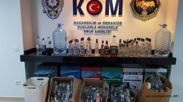 Alanya'da kaçak içki baskını