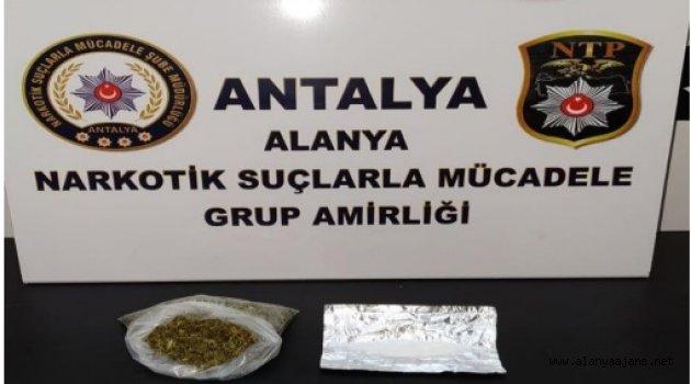 Alanya'da şüphelinin çantasından uyuşturucu çıktı