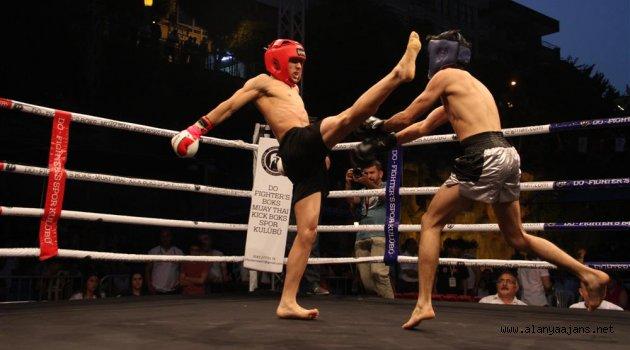 Alanya dünyaca ünlü dövüşçülere ev sahipliği yapacak