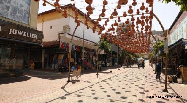 Alanya'nın sembolleşen kabak sokağı yeniden hayat buluyor