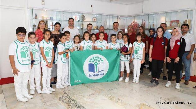 Alanya'da çevreci öğrenciler ödüle layık görüldü