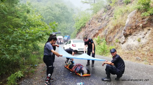 Alanya'da feci kaza 1 ölü 10 yaralı