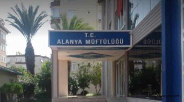 Alanya'da müftülük orucu bozmayan tedavi yöntemlerini paylaştı