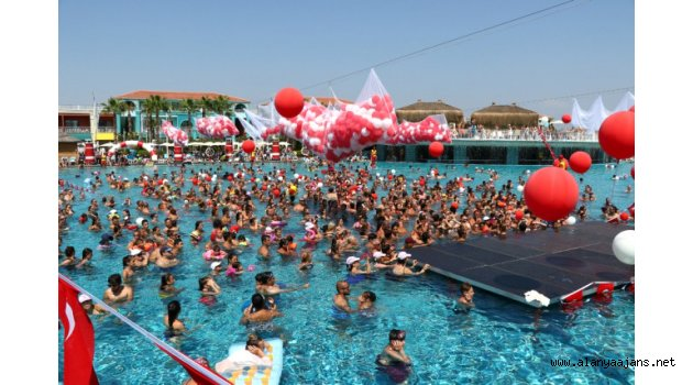 Antalya turizminde rekor kırıldı