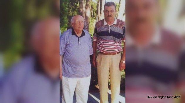 """Azakoğlu """"Demirel'i anlamak Türkiye sevdasını anlamaktır"""""""