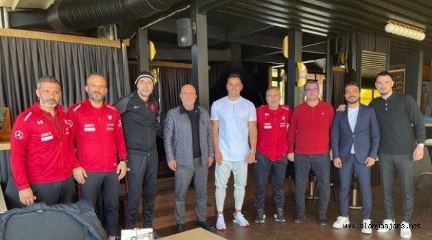 Başkan Çavuşoğlu, Kafkas ve ekibini ziyaret etti