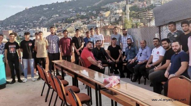 Başkan Uysal, ülkücü gençlerle bir araya geldi