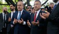 Cumhurbaşkanı Yardımcısı Oktay ve Bakan Çavuşoğlu El Nur Camisi'ni ziyaret etti