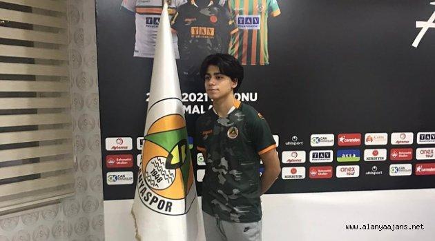 Genç golcüye milli davet