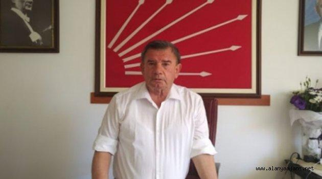 Karadağ: Atatürk'e dil uzatan din ve devlet adamı olamaz
