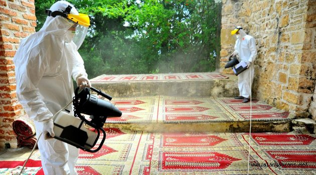 Alanya'daki Camiler Dezenfekte Edildi