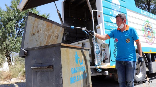 Gazipaşa'da çöpler dezenfekte edildi
