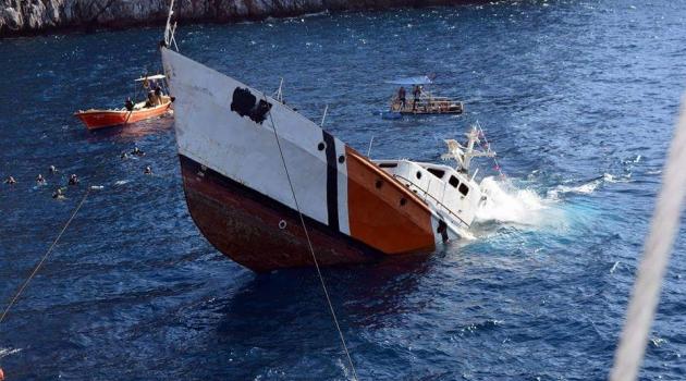 Sahil Güvenlik Botu Alanya'da Batırıldı