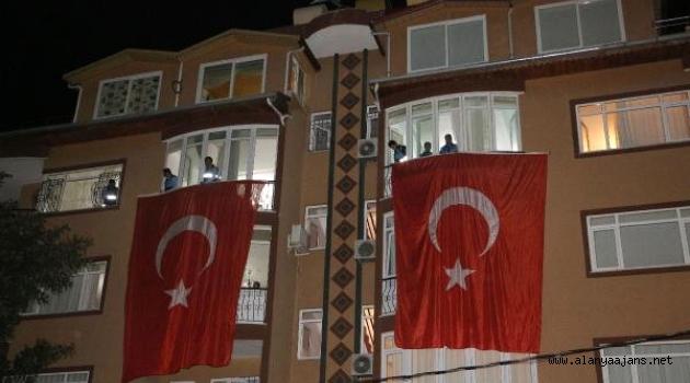 Şehit Evi Bayrakla Donatıldı