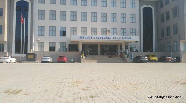 Mevlüt Çavuşoğlu Spor Lisesi'nde ikinci ön kayıtlar devam ediyor