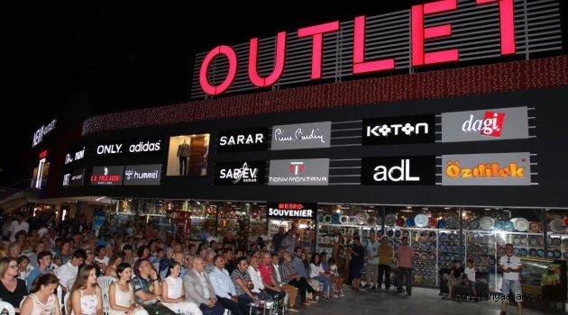Neva Outlet'ten muhteşem festival
