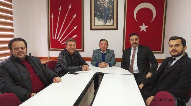 Rerktör Kalan CHP'yi Ziyaret Etti