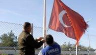 Şehitler Ormanının Yıpranan Türk Bayrakları Yenilendi
