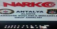 Alanya'da şüpheli araçtan eroin çıktı