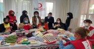 Ak kadınlardan Kızılay Alanya'ya destek