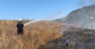 Alanya'da otluk alanda yangın çıktı