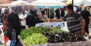 Alanya'da pazar yerleri kontrollü bir şekilde açıldı