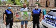 Alanya'da polis turistlere rehber oluyor