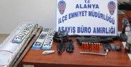 ALANYA POLİSİ HIRSIZ AVINDA