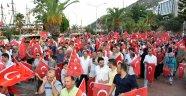 Alanya'da 15 Temmuz yürüyüşü