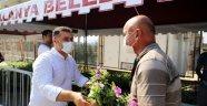 Alanya'da 21 mezarlıkta 58 bin çiçek toprakla buluştu