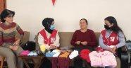 Alanya'da görme engelli ev hanımından duygulandıran hareket