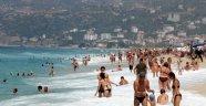 Antalya bayramda kaç turist ağırladı?