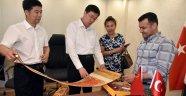 Başkan Yücel Çinlilerle Sözleşme İmzaladı