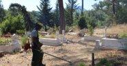 Büyükşehir, Alanya'daki mezarlıkları temizledi