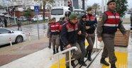 Gözaltına alınan 15 uyuşturucu taciri adliyede