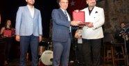 Hakan Aysev'den muhteşem konser