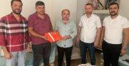 MHP ve Ülkü Ocakları'ndan en anlamlı Babalar Günü ziyareti