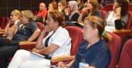 Sağlık çalışanları eğitimden geçit