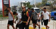 Tur Teknelerinin Denizde Çarpışmasına 2 Tutuklama