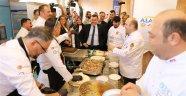 Türk ve Dünya Mutfağı İçin Yarışıyorlar