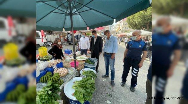 Türkdoğan ve yönetimi pazarcı esnafını ziyaret etti