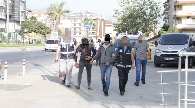 Zehir Tacirleri Polisten Kaçamadı