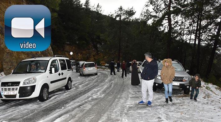 Alanya'da Kar Yağışı Etkili Oldu