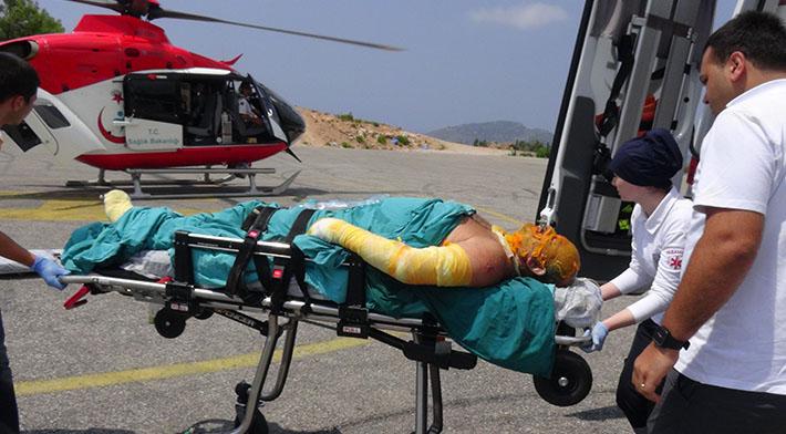 Patlamanın yaralısı helikopterle sevk edildi